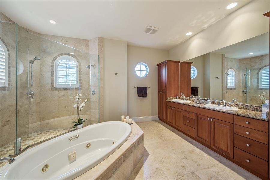 Real Estate Photography - 2853 COCO LAKES CT, NAPLES, FL, 34105 - Master Bathroom