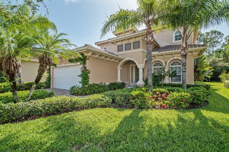 Real Estate Photography - 2853 COCO LAKES CT, NAPLES, FL, 34105 - Front View