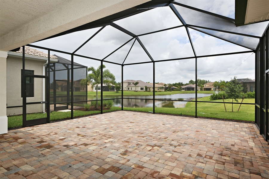 Real Estate Photography - 1509 Serrano Cir, Naples, FL, 34105 - Lanai