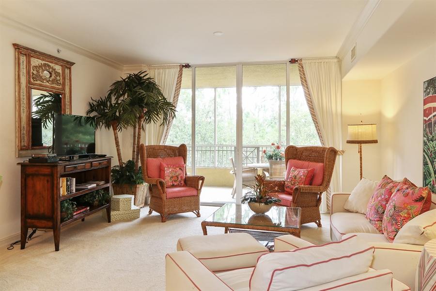 Real Estate Photography - 2738 TIBURON BLVD E, B-204, Naples, FL, 34109 - Living Room