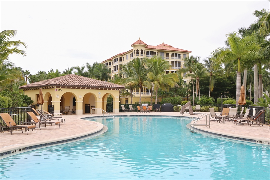 Real Estate Photography - 2738 TIBURON BLVD E, B-204, Naples, FL, 34109 - Pool