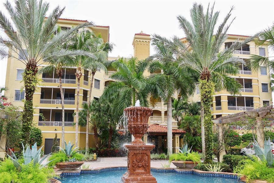 Real Estate Photography - 2738 TIBURON BLVD E, B-204, Naples, FL, 34109 - Front View