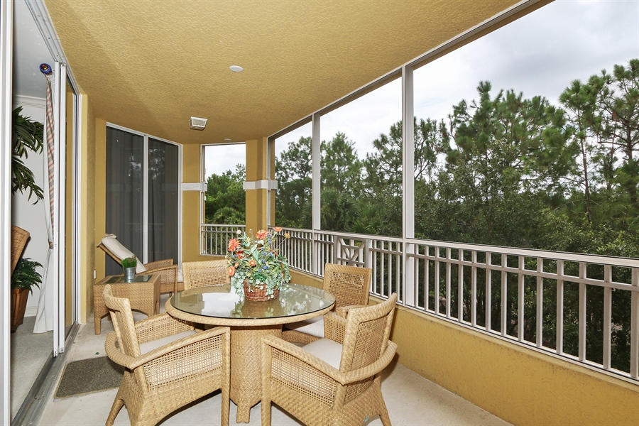Real Estate Photography - 2738 TIBURON BLVD E, B-204, Naples, FL, 34109 - Lanai