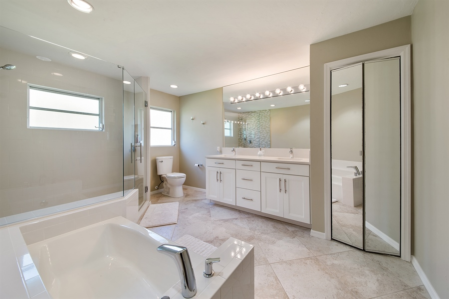 Real Estate Photography - 2666 Outrigger Ln, Naples, FL, 34104 - Master Bathroom