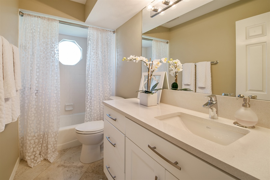 Real Estate Photography - 2666 Outrigger Ln, Naples, FL, 34104 - Bathroom