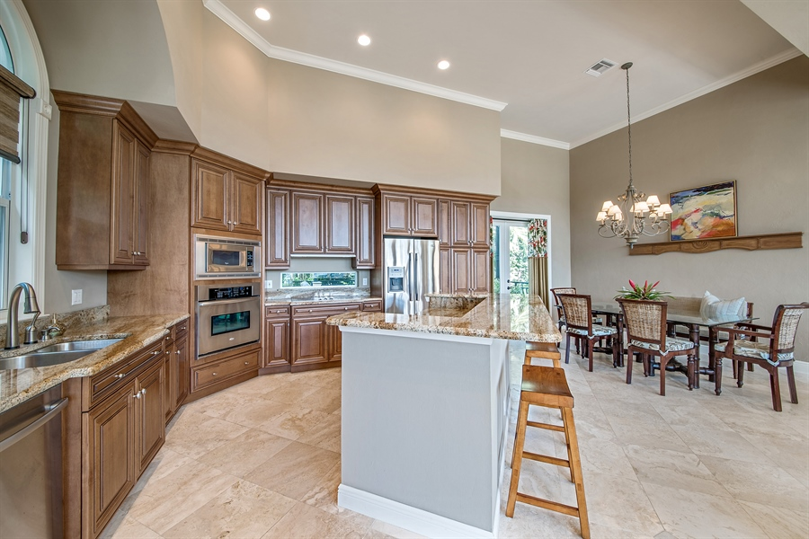 Real Estate Photography - 27640 Marina Isle Ct, Bonita Springs, FL, 34134 - Kitchen