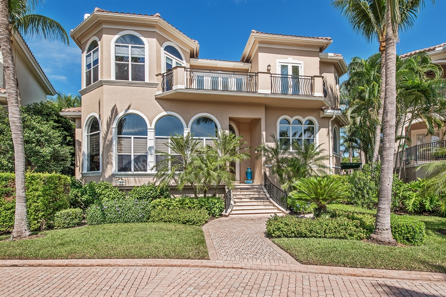 Real Estate Photography - 27640 Marina Isle Ct, Bonita Springs, FL, 34134 - Front View