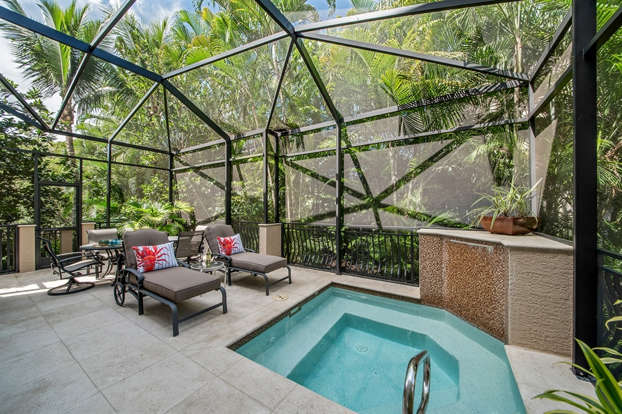 Real Estate Photography - 27640 Marina Isle Ct, Bonita Springs, FL, 34134 - Lanai