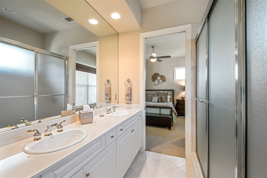 Real Estate Photography - 27640 Marina Isle Ct, Bonita Springs, FL, 34134 - 2nd Bathroom
