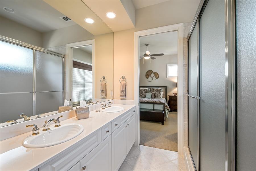 Real Estate Photography - 27640 Marina Isle Ct, Bonita Springs, FL, 34134 - 2nd Bathroom