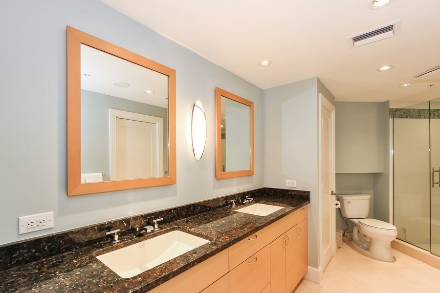 Real Estate Photography - 60 Seagate Drive, 705, Naples, FL, 34103 - 3rd Bathroom