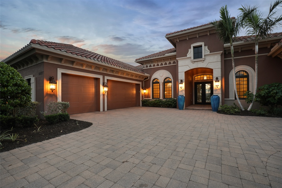 Real Estate Photography - 6037 Sunnyslope, Naples, FL, 34119 - Front View