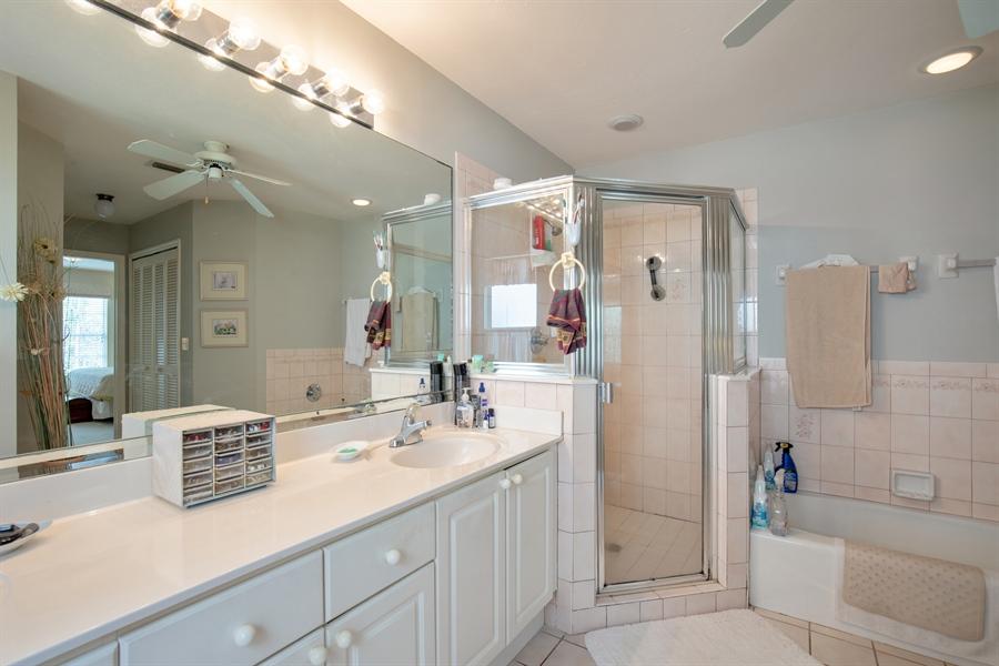 Real Estate Photography - 1577 Weybridge Cir, Naples, FL, 34110 - Master Bathroom