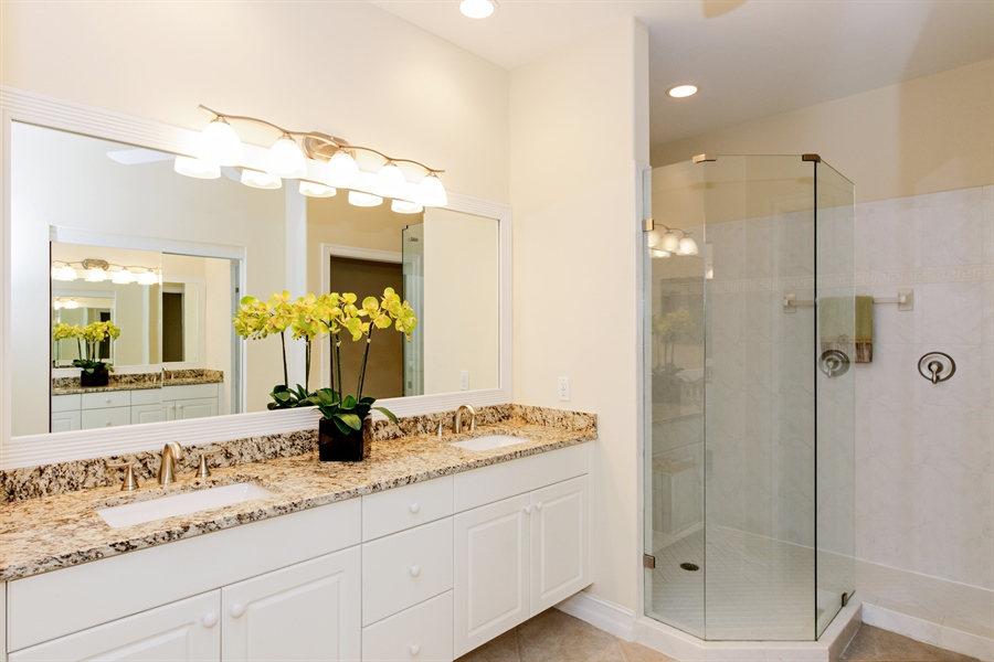 Real Estate Photography - 21420 Pelican Sound Dr, 201, Estero, FL, 33928 - Master Bathroom