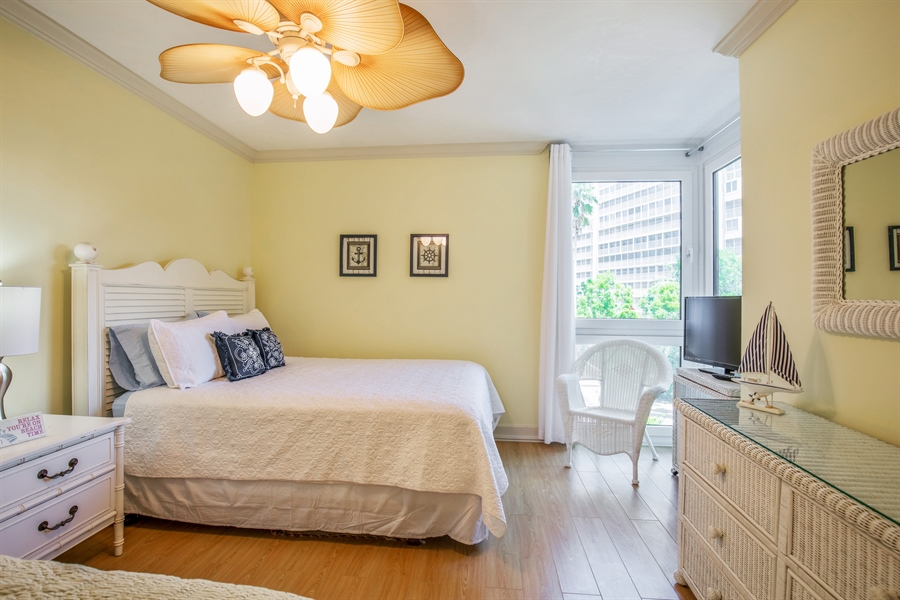 Real Estate Photography - 4031 Gulf Shore Blvd N, Unit 3C, Naples, FL, 34103 - 2nd Bedroom