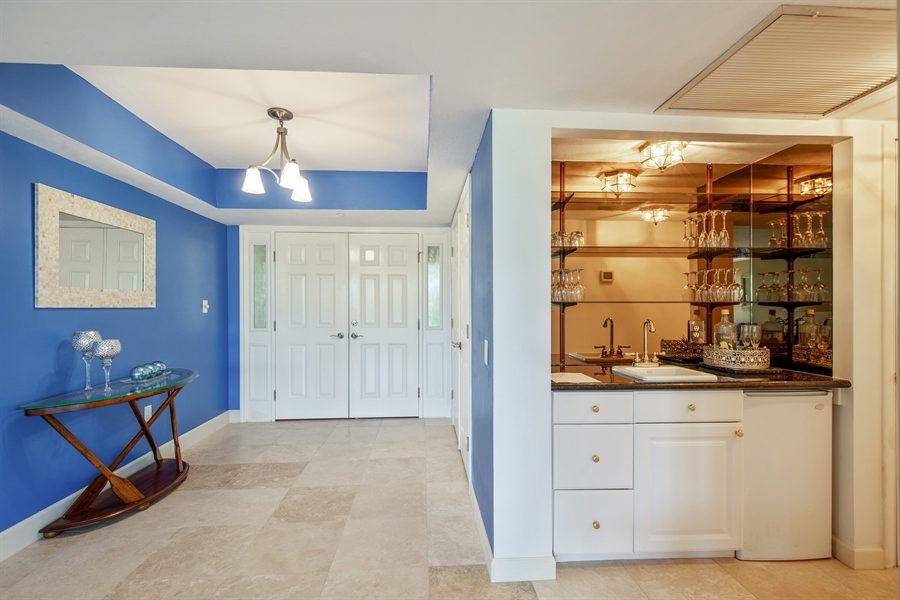 Real Estate Photography - 4031 Gulf Shore Blvd N, Unit 3C, Naples, FL, 34103 - Foyer