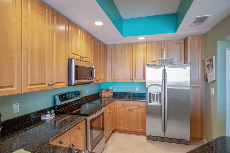 Real Estate Photography - 3901 kensway, unit 3501, Bonita Springs, FL, 34134 - Kitchen