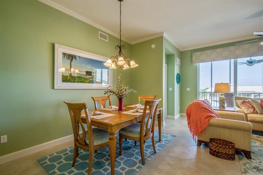 Real Estate Photography - 3901 kensway, unit 3501, Bonita Springs, FL, 34134 - Dining Area
