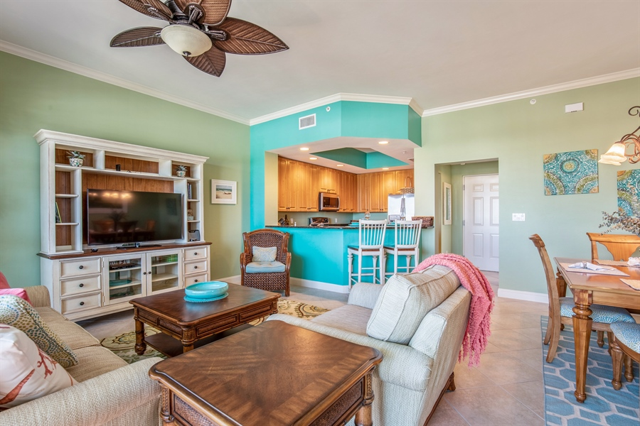 Real Estate Photography - 3901 kensway, unit 3501, Bonita Springs, FL, 34134 - Living Room / Dining Room