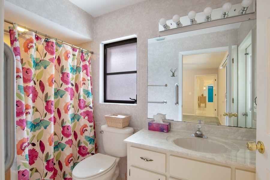 Real Estate Photography - 552 99th Ave N, Naples, FL, 34108 - Master Bathroom