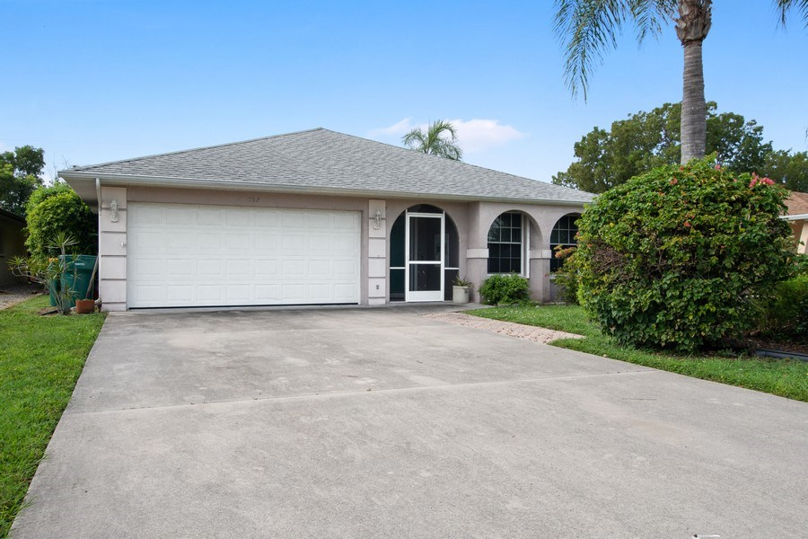 Real Estate Photography - 552 99th Ave N, Naples, FL, 34108 - Front View