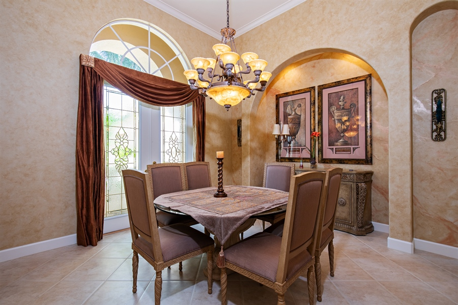 Real Estate Photography - 2955 Gardens Blvd, Naples, FL, 34105 - Dining Room