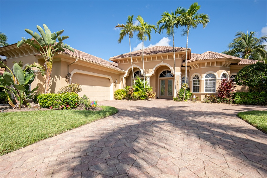 Real Estate Photography - 2955 Gardens Blvd, Naples, FL, 34105 - Front View