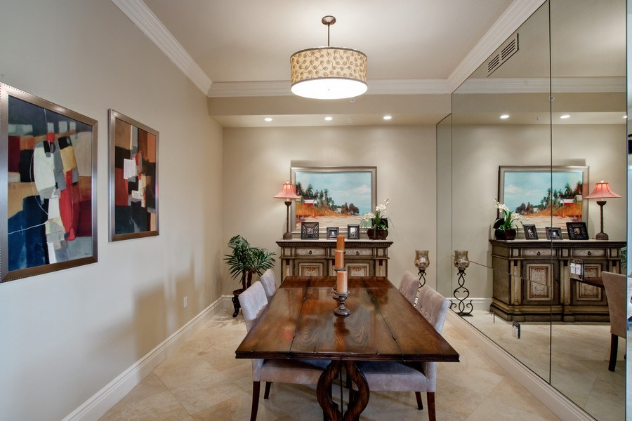 Real Estate Photography - 1400 Gulf Shore Blvd N, 309, Naples, FL, 34102 - Dining Room