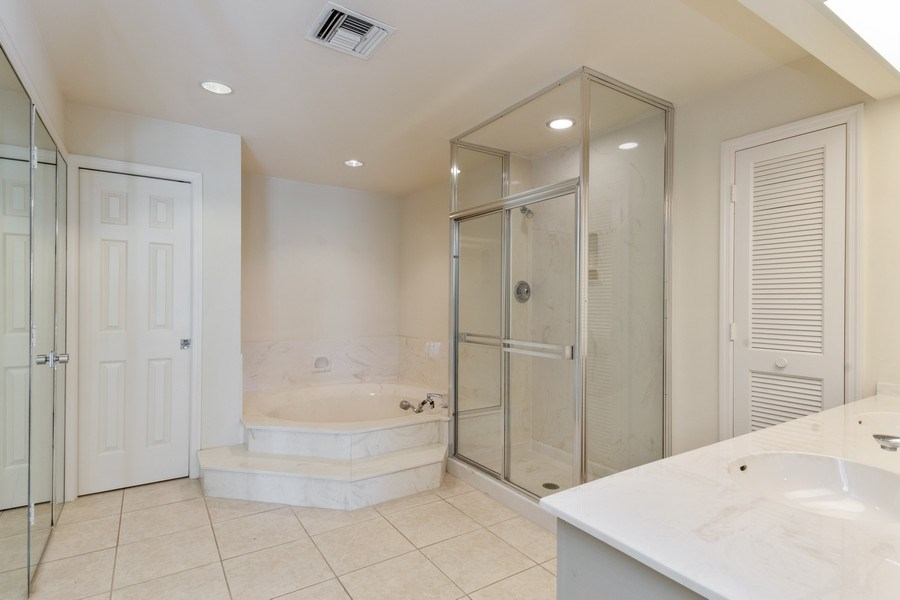 Real Estate Photography - 13242 Wedgefield Drive, Naples, FL, 34110 - Master Bathroom