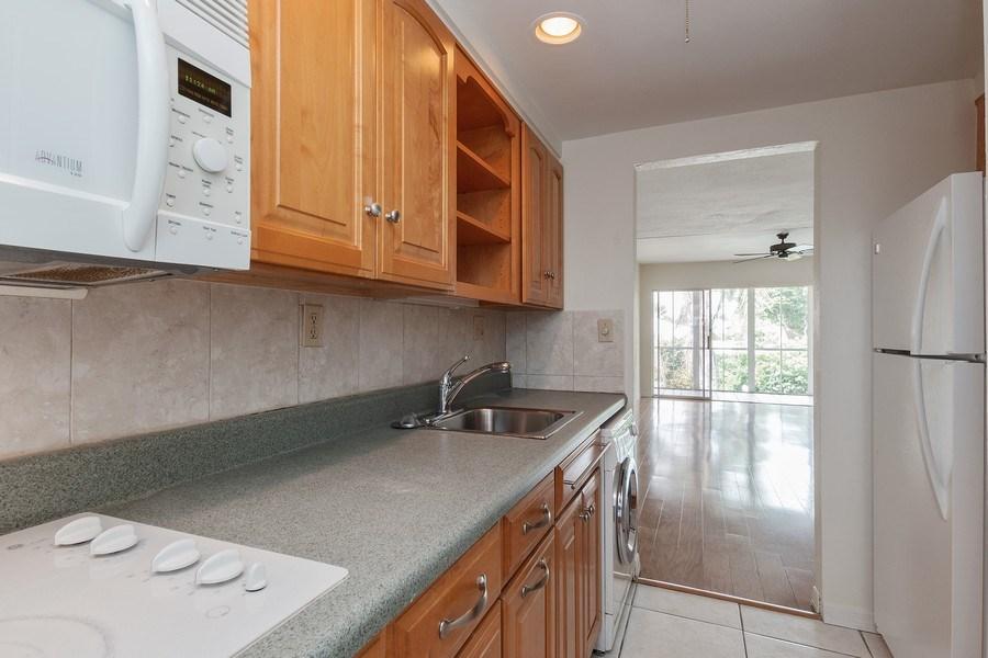 Real Estate Photography - 2064 Alamanda Drive, 24, Naples, FL, 34102 - Kitchen