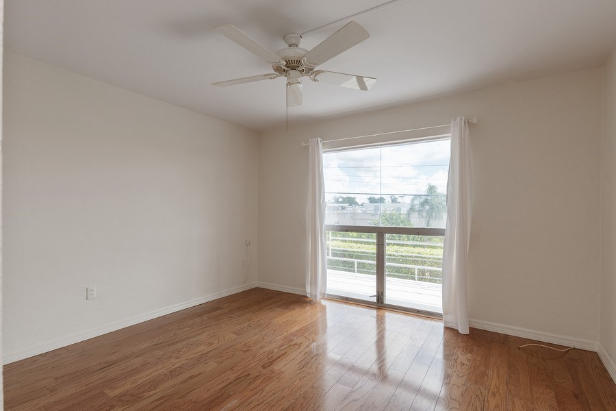 Real Estate Photography - 2064 Alamanda Drive, 24, Naples, FL, 34102 - Bedroom