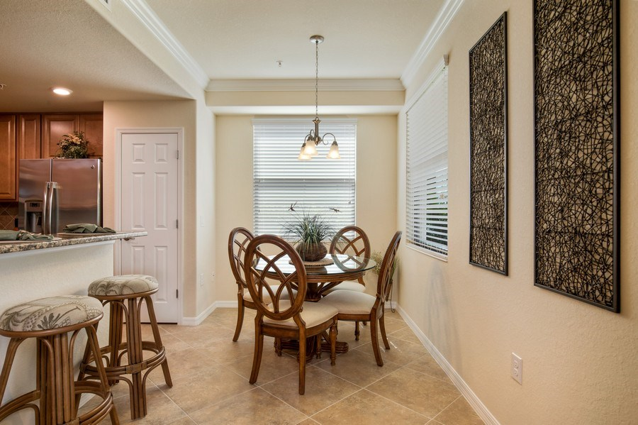 Real Estate Photography - 28040 COOKSTOWN CT 2801, BONITA SPRINGS, FL, 34135 - Breakfast Area