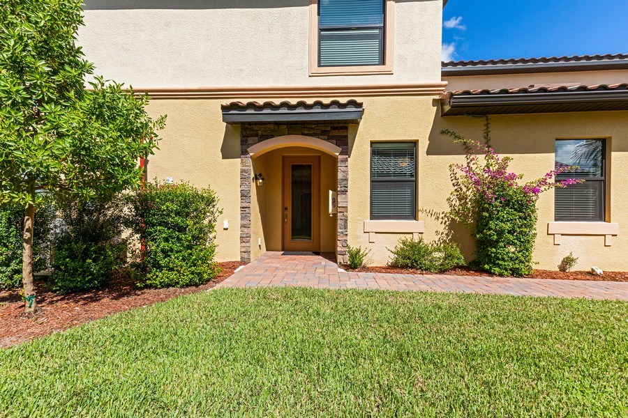 Real Estate Photography - 28040 COOKSTOWN CT 2801, BONITA SPRINGS, FL, 34135 - Front View