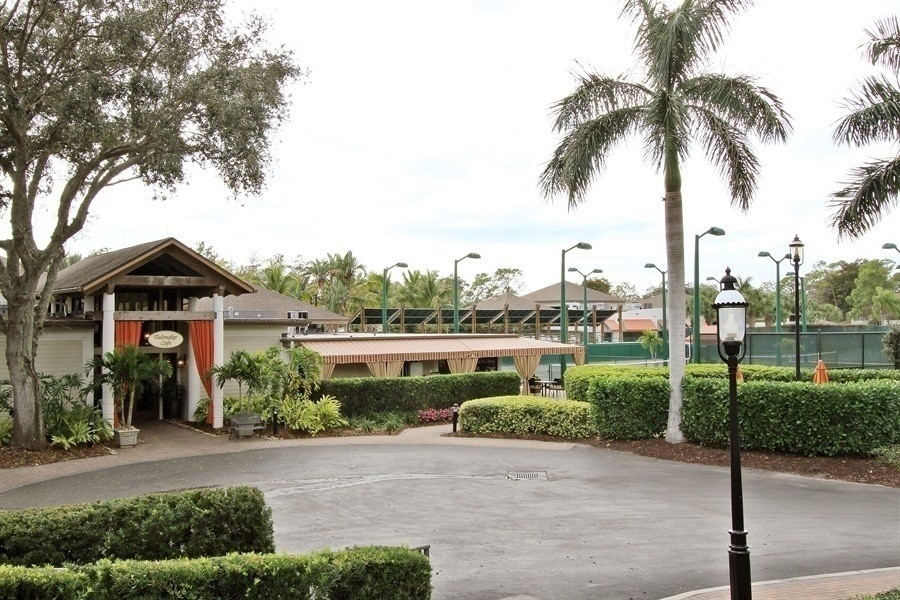 Real Estate Photography - 767 Glendevon Drive, Naples, FL, 34105 - TieBreaker Restuarant & Tennis Stadium