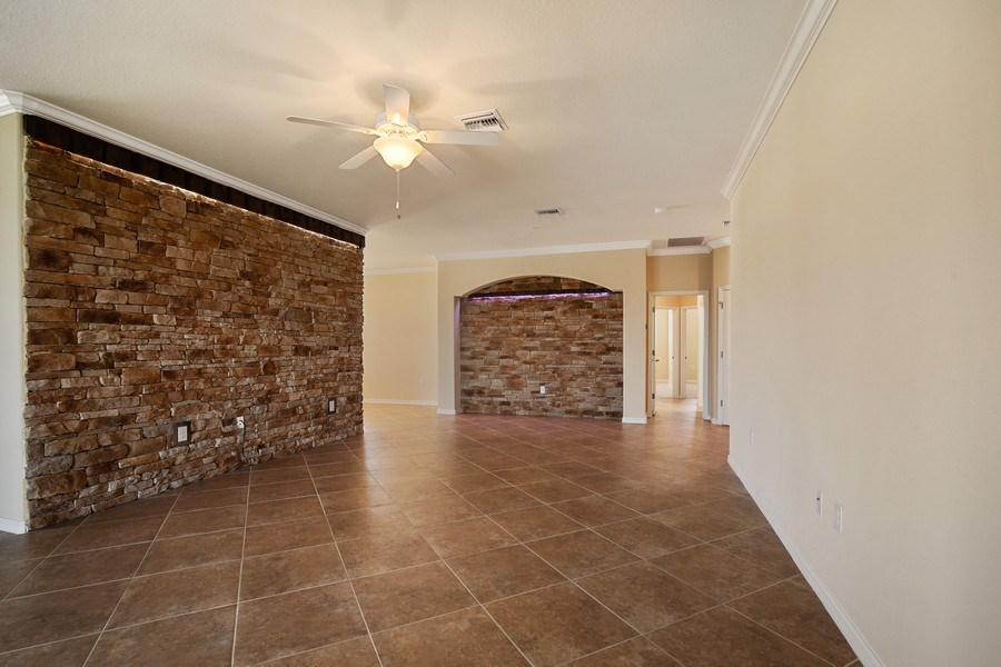 Real Estate Photography - 28030 Cookstown Ct, 2903, Bonita Springs, FL, 34135 - Great Room