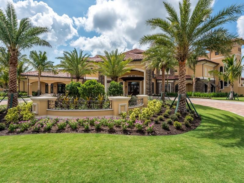 Real Estate Photography - 28030 Cookstown Ct, 2903, Bonita Springs, FL, 34135 -