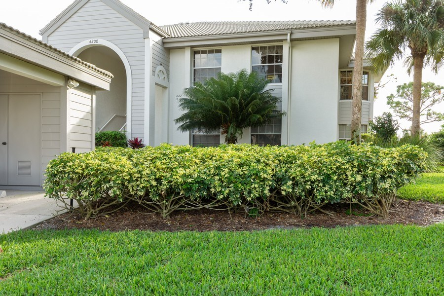 Real Estate Photography - 4200 Lake Forest Dr, 1622, Bonita Springs, FL, 34134 - Front View