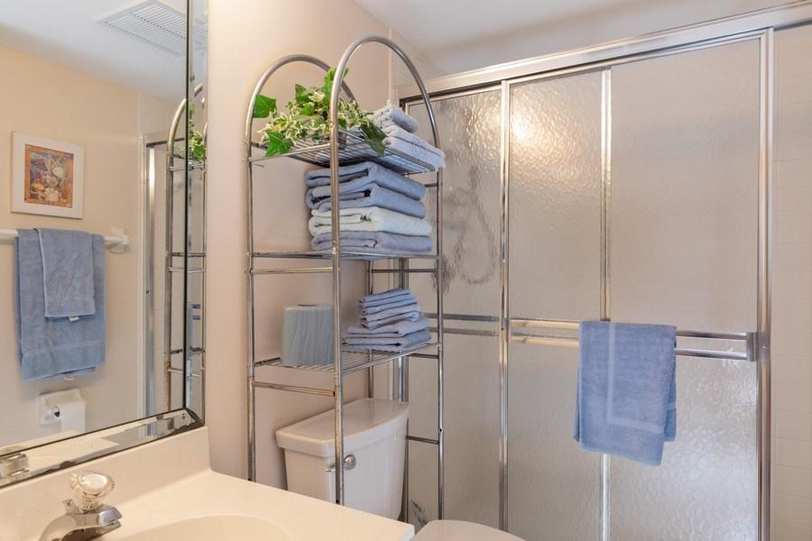 Real Estate Photography - 4200 Lake Forest Dr, 1622, Bonita Springs, FL, 34134 - 2nd Bathroom