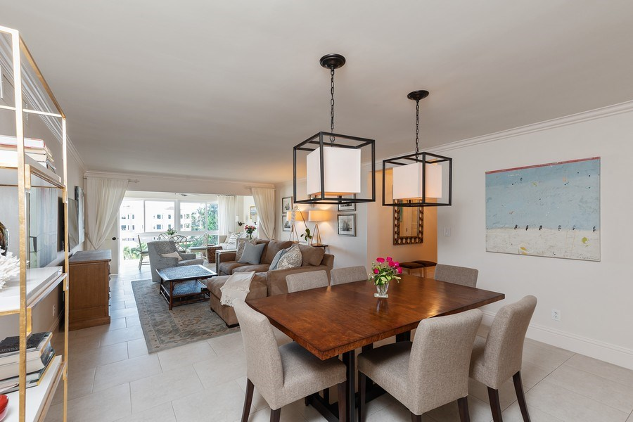 Real Estate Photography - 1900 Gulf Shore Blvd N #303, Naples, FL, 34102 - Dining Room