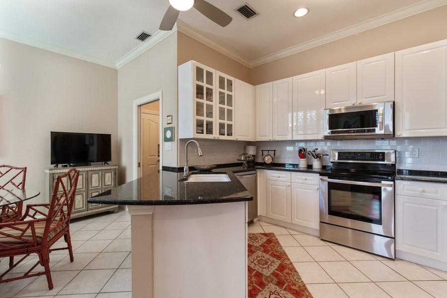 Real Estate Photography - 25422 Galashields, Bonita Springs, FL, 34134 - Kitchen