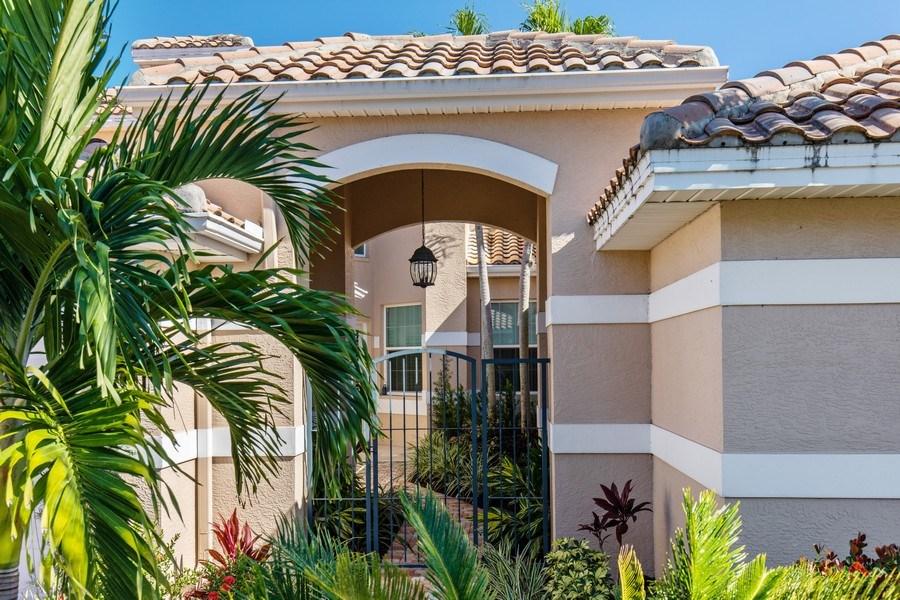 Real Estate Photography - 25422 Galashields, Bonita Springs, FL, 34134 - Front View