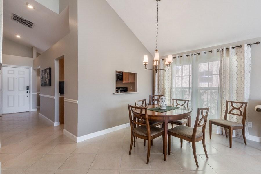 Real Estate Photography - 1542 Weybridge Cir, Naples, FL, 34110 - Dining Area 2