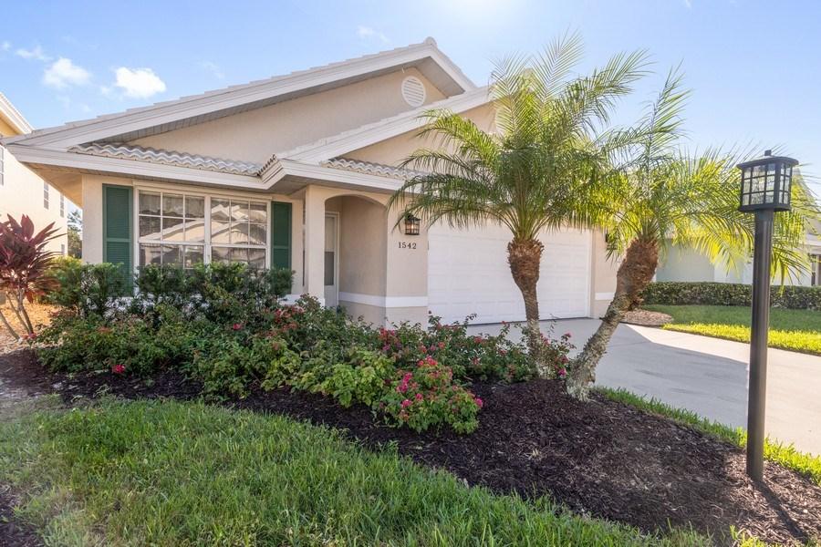 Real Estate Photography - 1542 Weybridge Cir, Naples, FL, 34110 - Front View