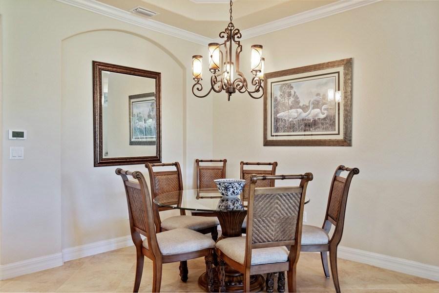 Real Estate Photography - 28549 Westmeath Ct, Bonita Springs, FL, 34135 - Dining Room