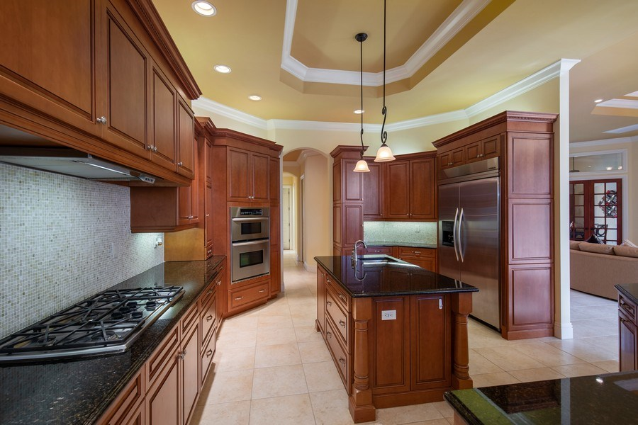 Real Estate Photography - 6710 Mossy Glen Dr, Fort Myers, FL, 33908 - Kitchen