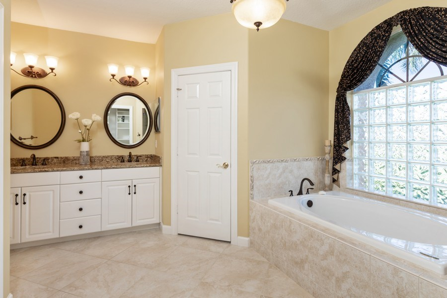 Real Estate Photography - 2077 Imperial Circle, Naples,, FL, 34110 - Master Bathroom