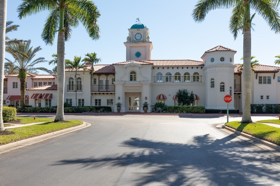 Real Estate Photography - 3411 Donoso Court, Naples, FL, 34109 - Clubhouse
