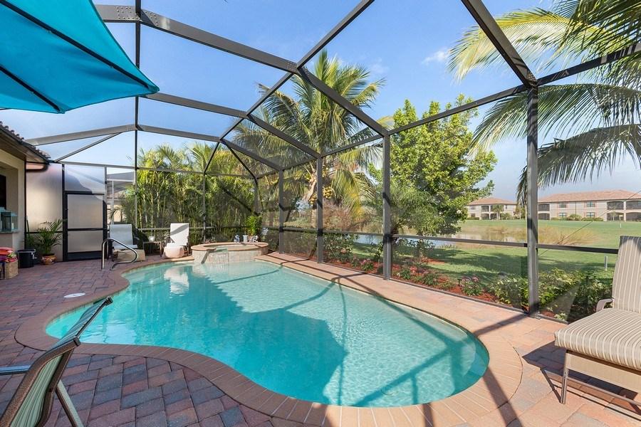 Real Estate Photography - 28537 Westmeath Ct., Bonita Springs, FL, 34135 - Pool