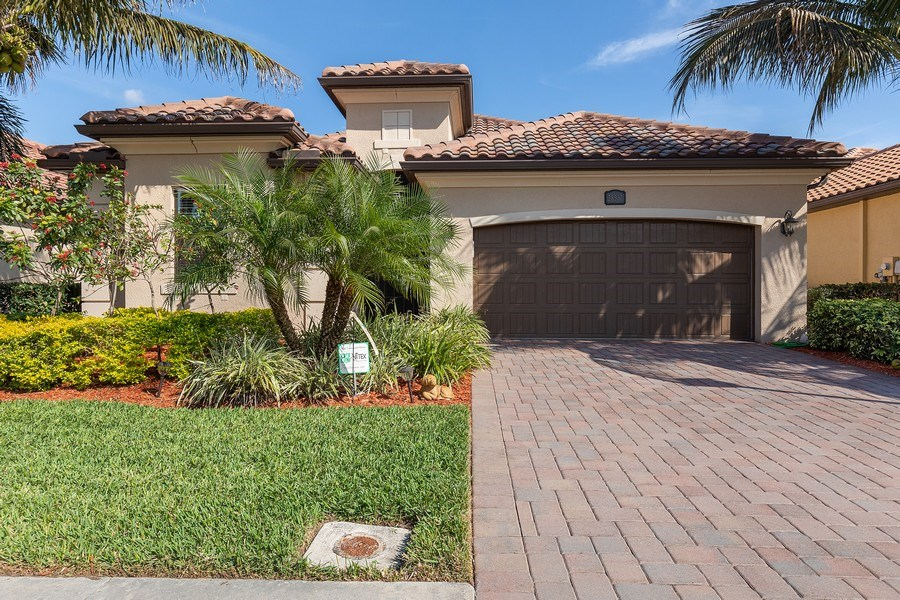 Real Estate Photography - 28537 Westmeath Ct., Bonita Springs, FL, 34135 - Front View