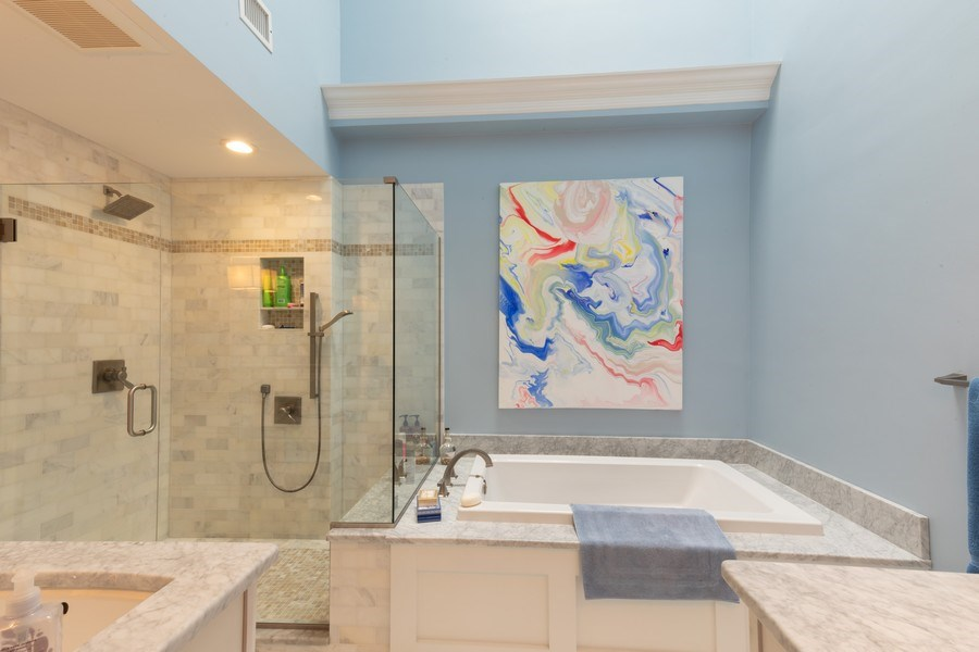 Real Estate Photography - 364 Edgemere Way North, Naples, FL, 34105 - Master Bathroom